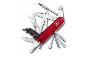 Couteau suisse Victorinox 19 pièces CYBER TOOL 34 rouge translucide